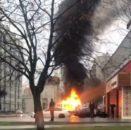 На вулиці Харківській у Сумах згоріла автівка